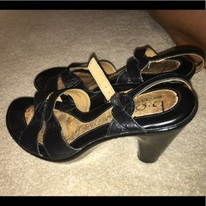 Open toed sandal heels black sexy!